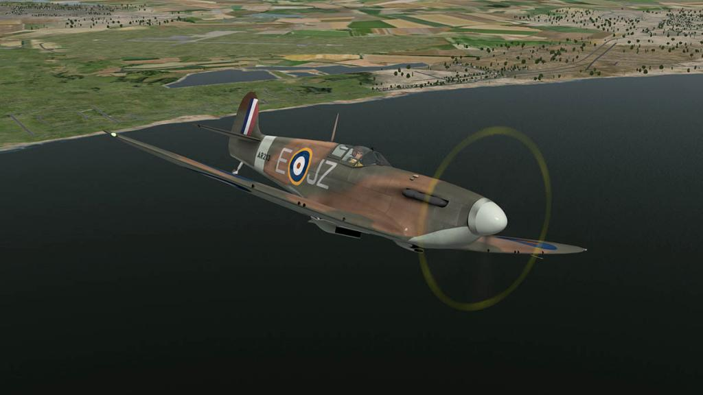 5697226861d8e_RWD_Spitfire_Flying19.thum