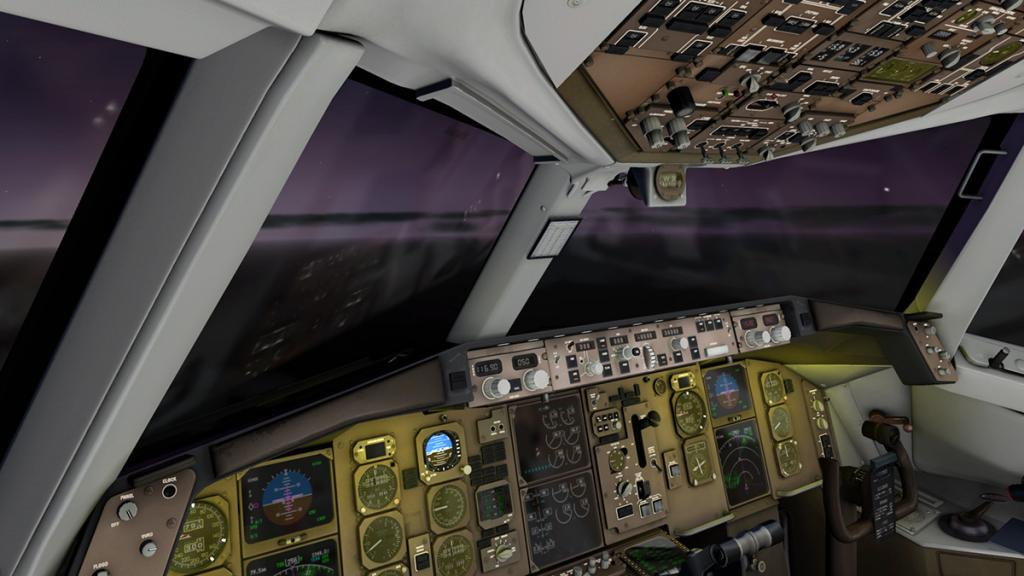 757-200_Flying Night 1.jpg