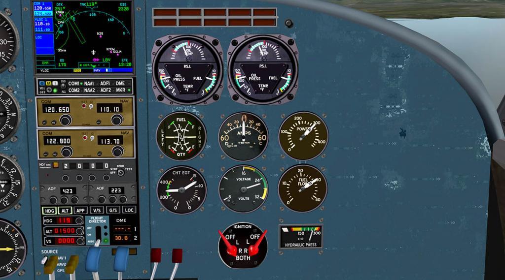 Beech18_Cockpit 7.jpg