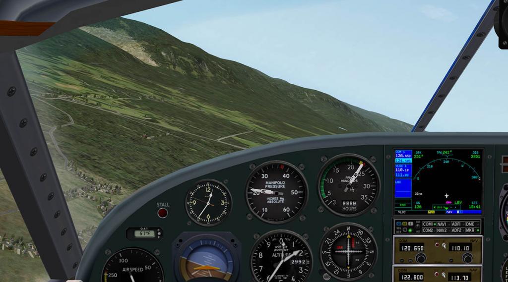 Beech18_Cockpit 4.jpg