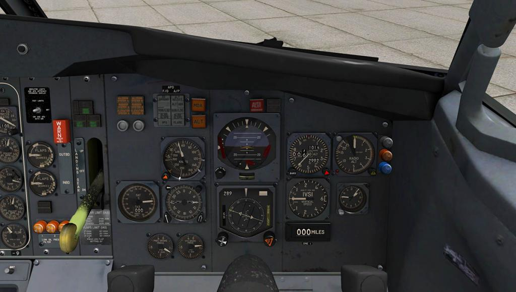 727-200Adv_Flying cockpit Panel 4.jpg