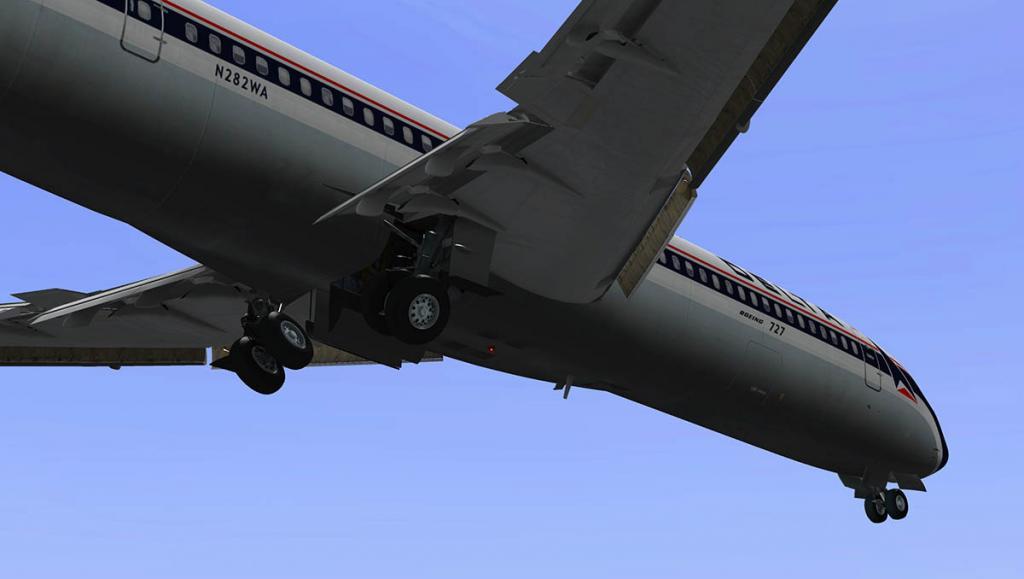 727-200Adv_Land 4.jpg