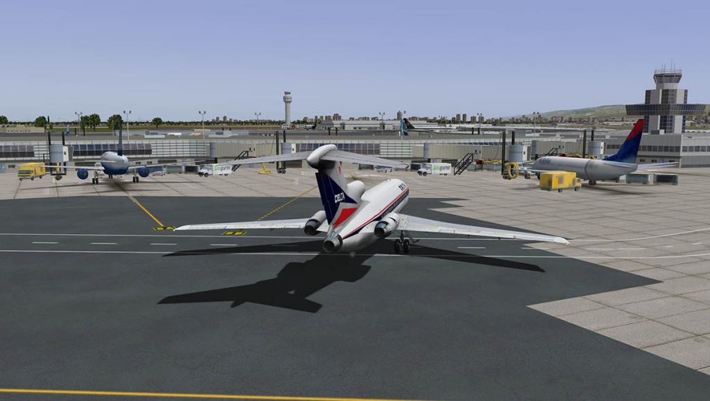 727-200Adv_Land 16.jpg
