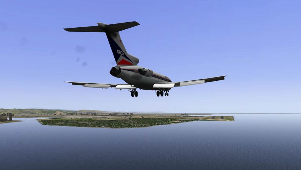 727-200Adv_Land 6.jpg