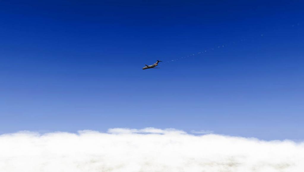727-200Adv_Fly 3.jpg