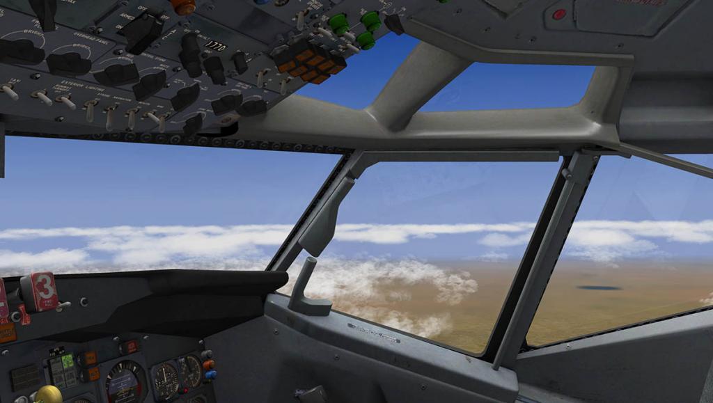 727-200Adv_Fly 4.jpg