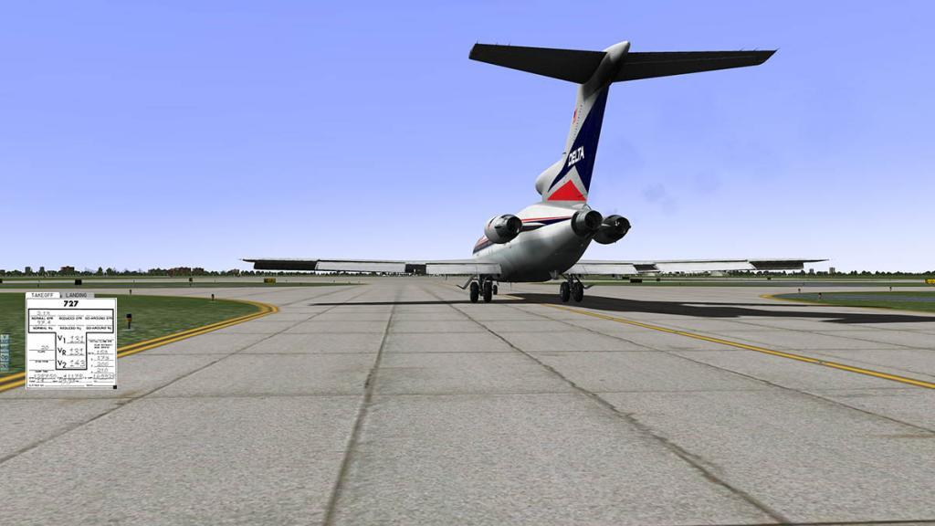 727-200Adv_Taxi 11.jpg