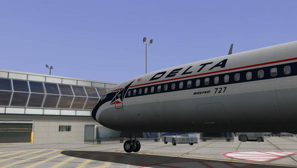 727-200Adv_Land 17.jpg
