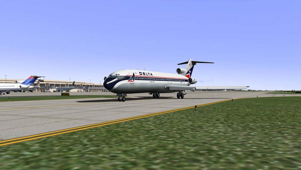 727-200Adv_Taxi 10.jpg