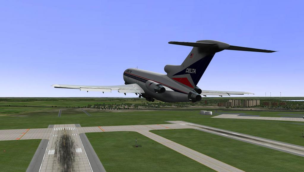 727-200Adv_Takeoff 4.jpg