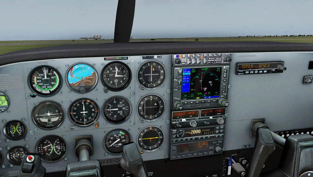 Car_CT206H_GNS 1.jpg