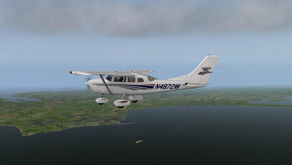 Car_CT206H_Fly 4.jpg