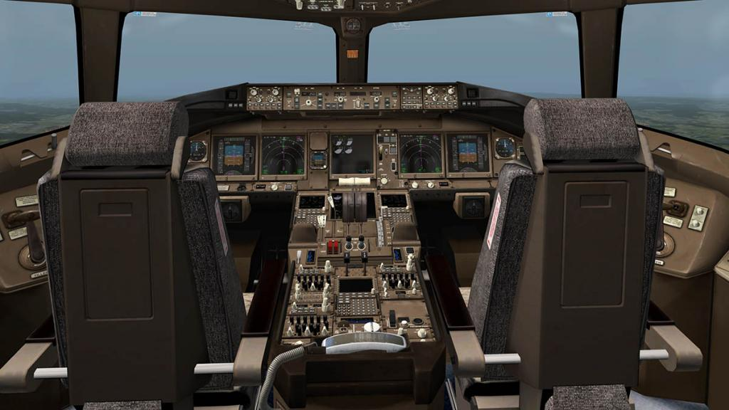 777_Cockpit 1.jpg