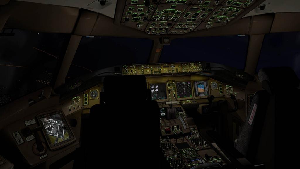 777_Cockpit night 3.jpg