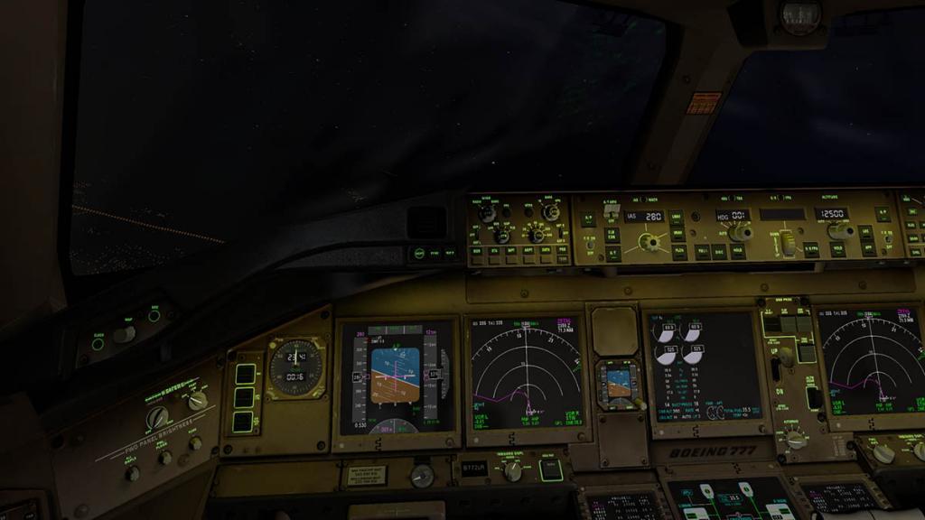 777_Cockpit night 4.jpg