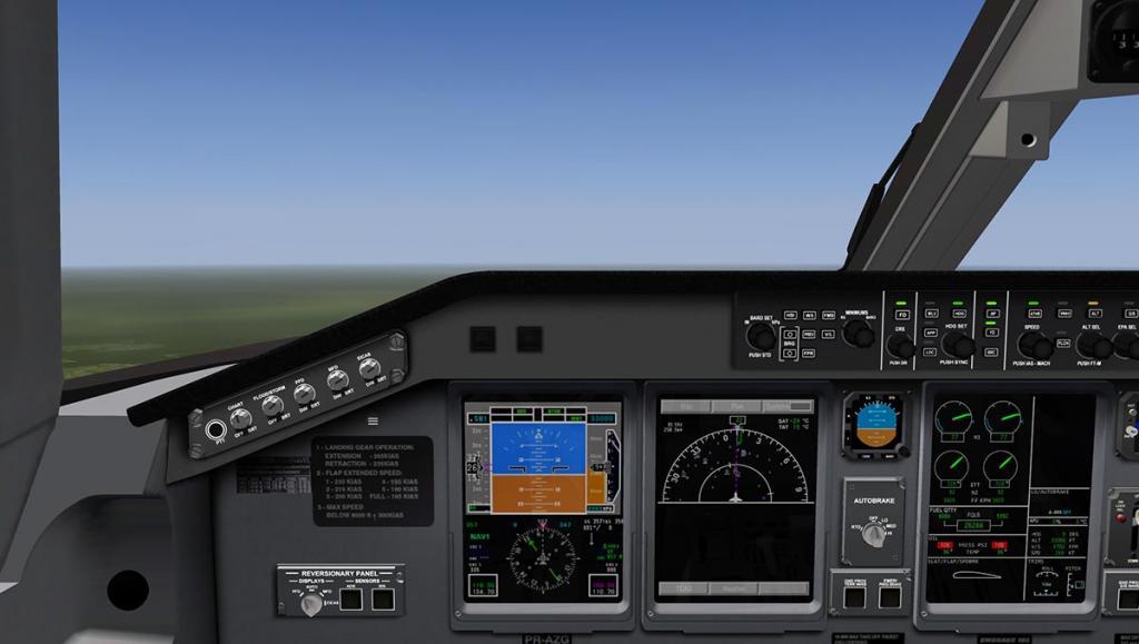 ERJ 195 LR_COCKPIT 3D.jpg