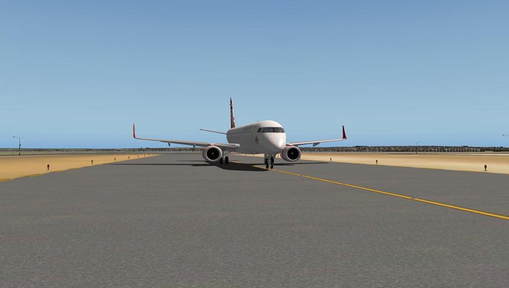 ERJ 195 LR_FLY SYD 3.jpg
