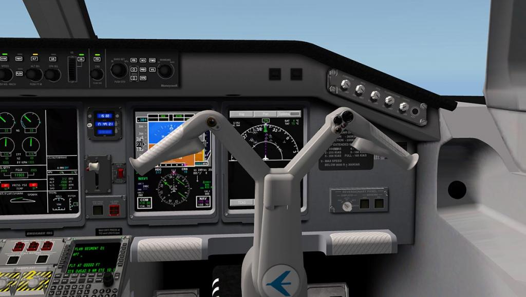 ERJ 195 LR_COCKPIT COPILOT.jpg