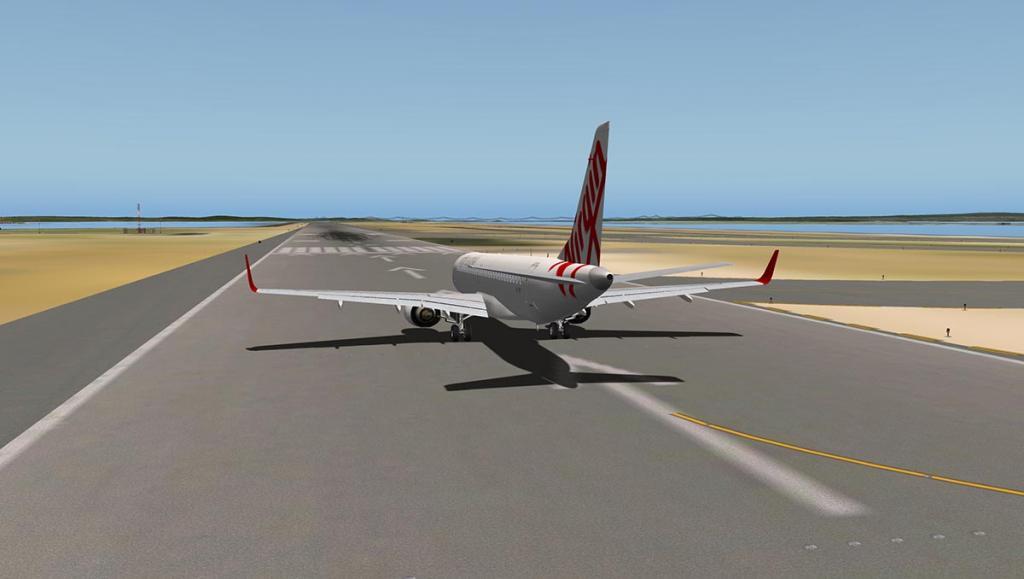 ERJ 195 LR_FLY SYD 8.jpg
