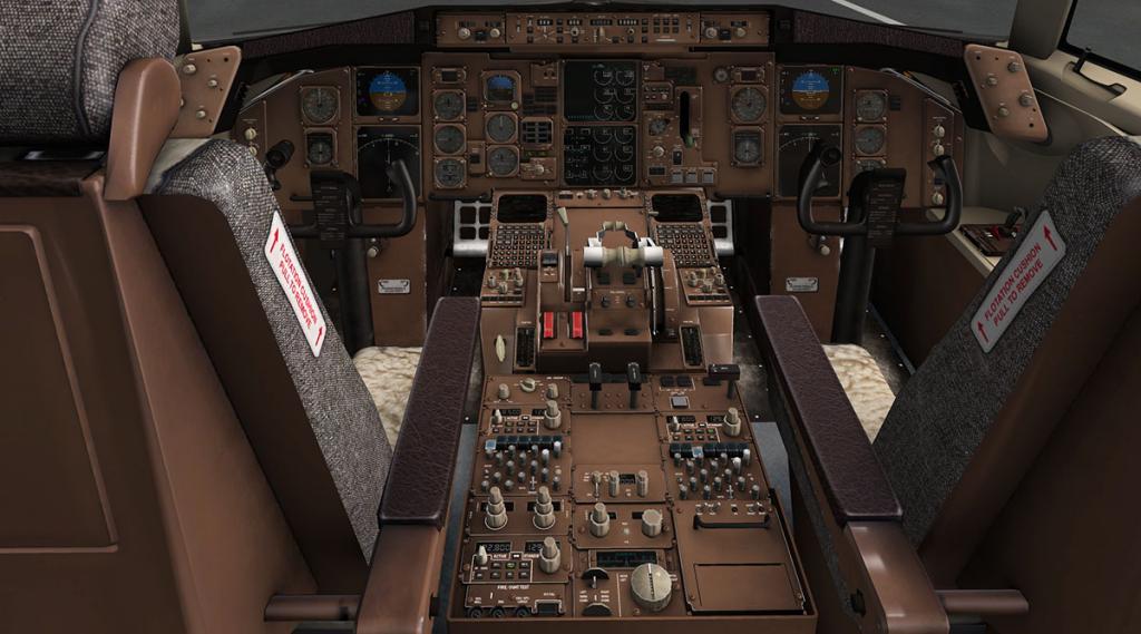 757RR-200_Cockpit pedestal.jpg