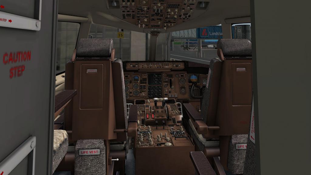 757RR-200_Cockpit main.jpg