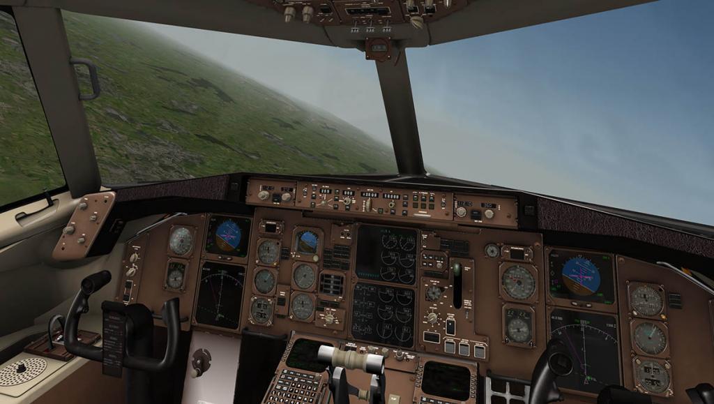 757RR-200_Cabin glass reflc.jpg