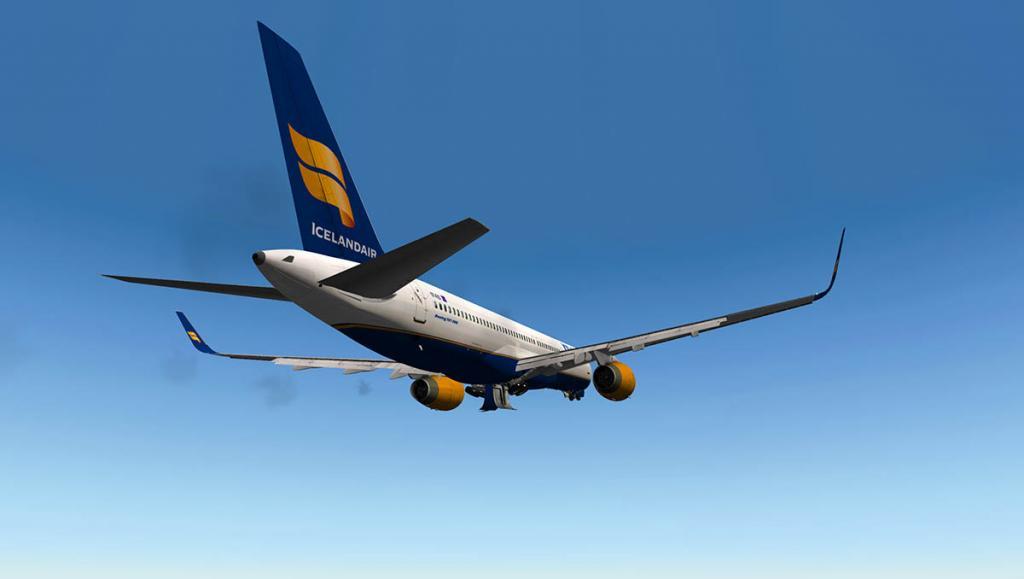 757RR-200_Flight climb.jpg