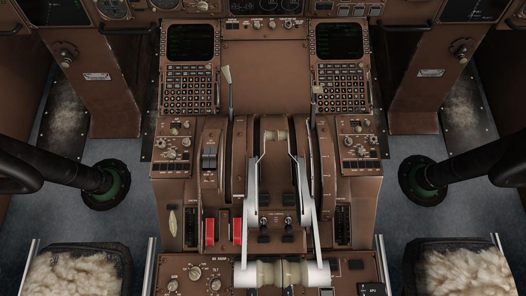 757RR-200_Cockpit FMS centre.jpg