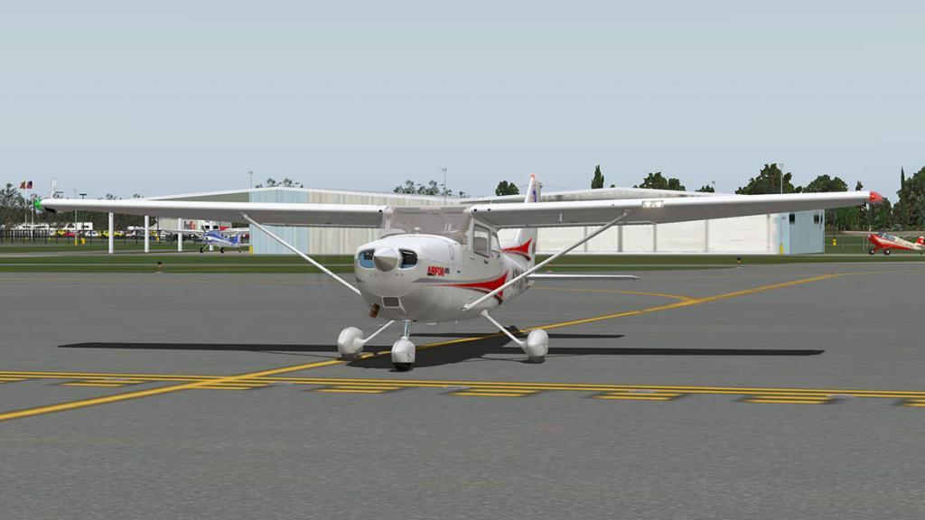 Airfoillabs_C172SP_Taxi 10.jpg
