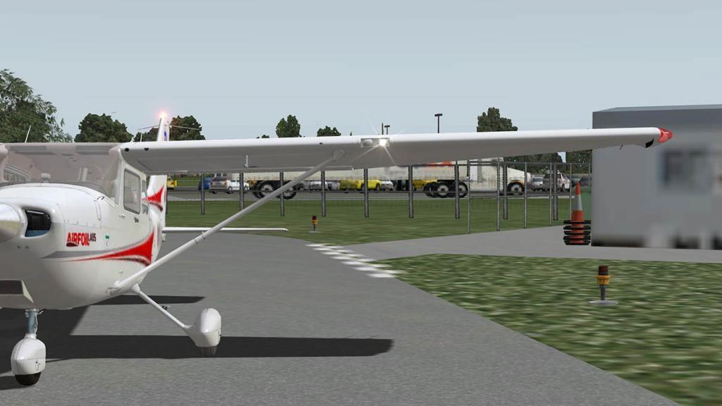 Airfoillabs_C172SP_Taxi 5.jpg