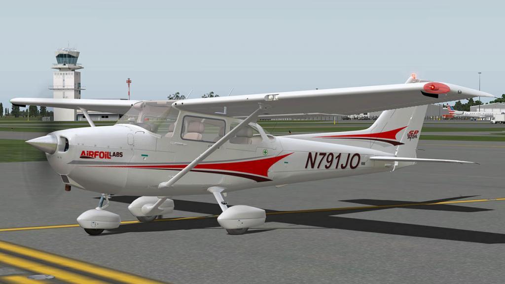 Airfoillabs_C172SP_Taxi 9.jpg