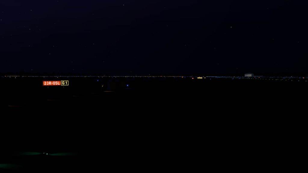 EGCC_lighting_rwy4.thumb.jpg.939280ee57a