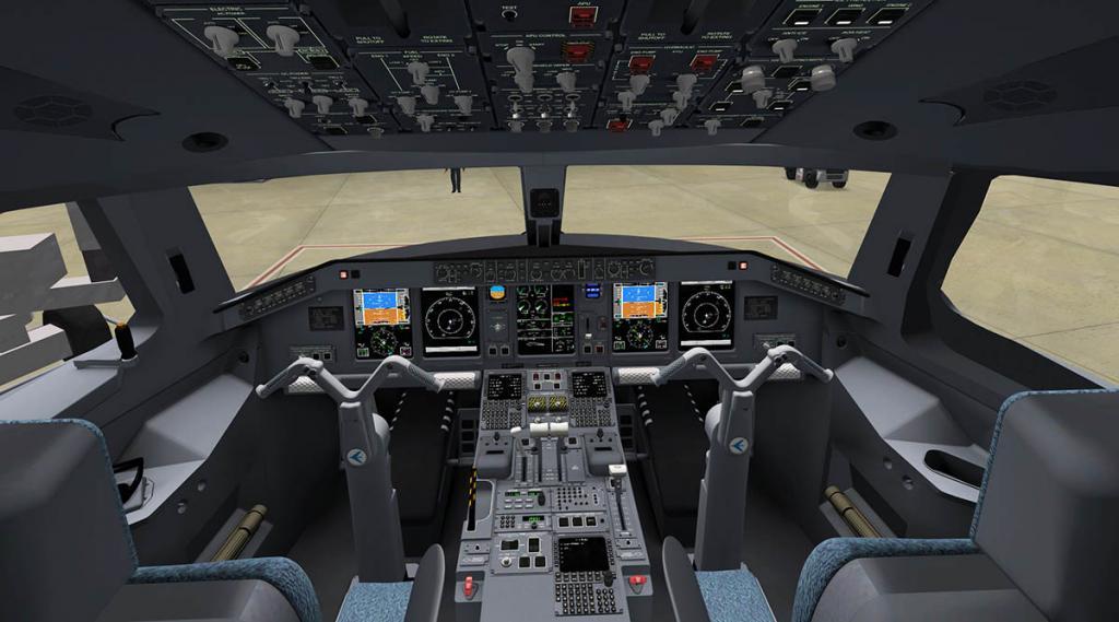 E175_Cockpit Overall 2.jpg