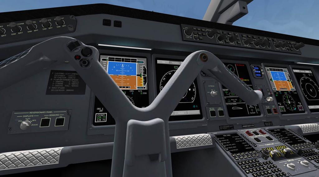 E175_Cockpit Overall 10.jpg