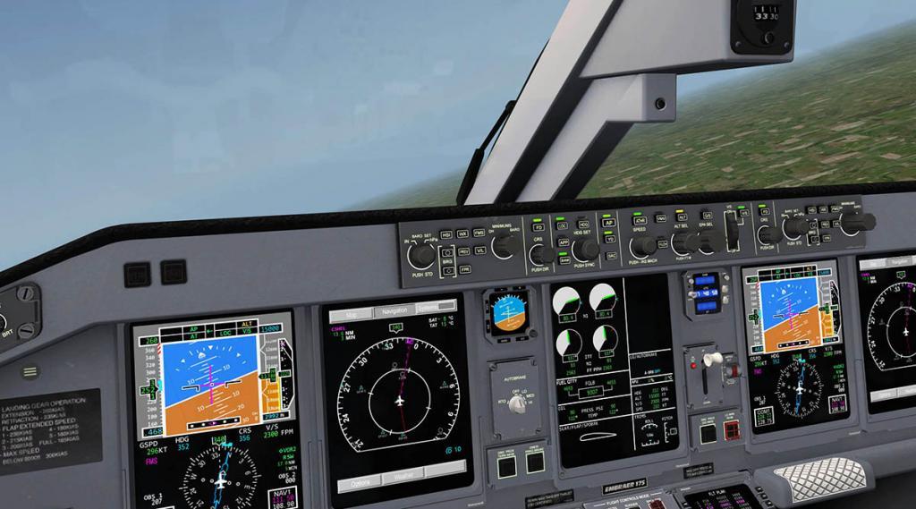 E175_Takeoff 7.jpg