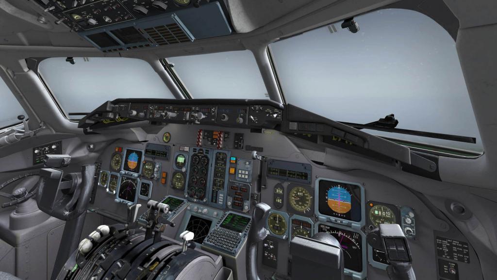 Rotate-MD-80_Cockpit 3.jpg