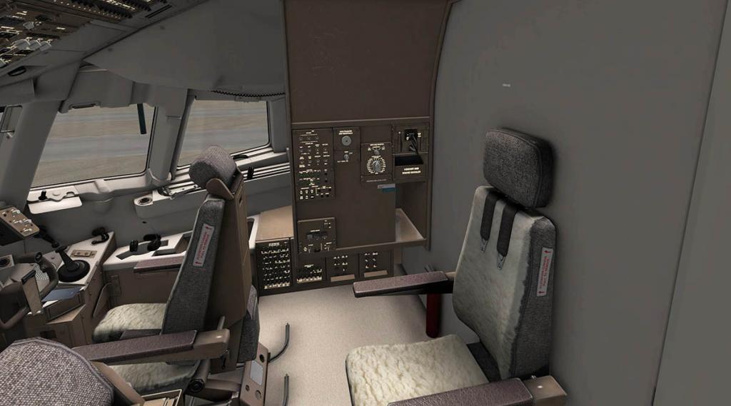 767PW-300ER_Cockpit 2.jpg