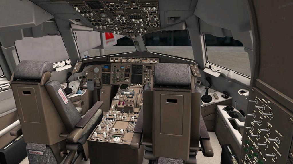 767PW-300ER_Cockpit 3.jpg