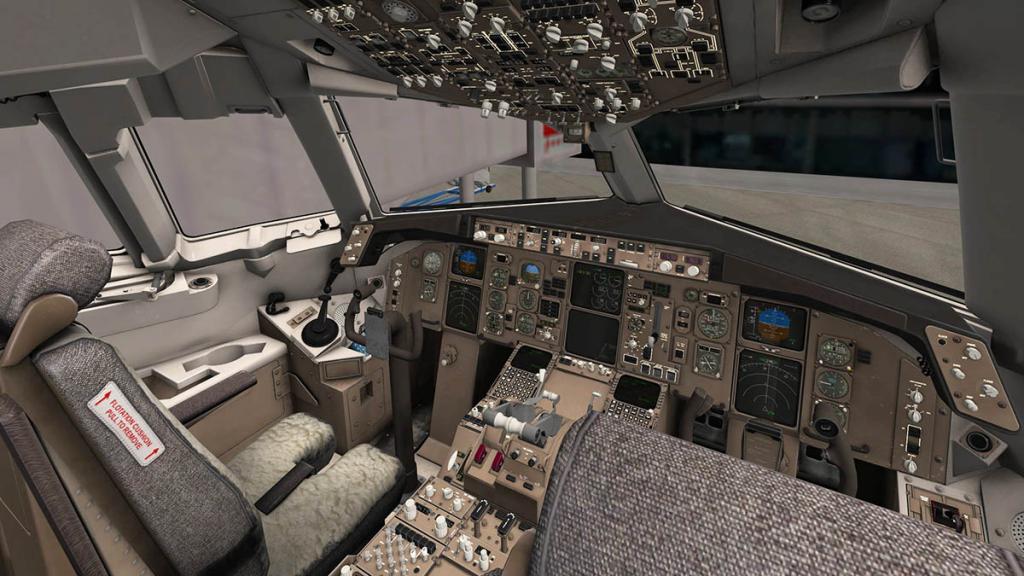 767PW-300ER_Cockpit 4.jpg
