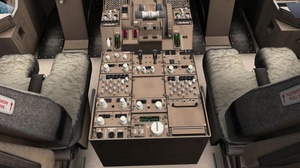 767PW-300ER_Cockpit 11.jpg