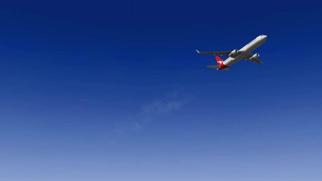 767PW-300ER_Flying 4.jpg