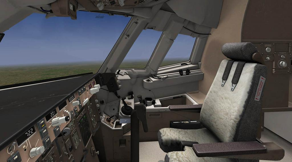 767PW-300ER_Flying 10.jpg