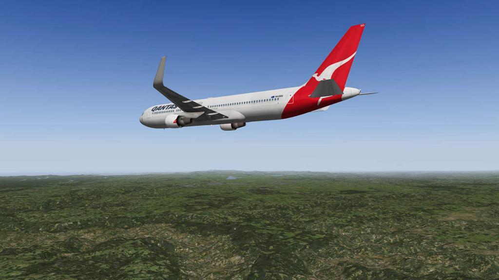 767PW-300ER_YSSY 2.jpg