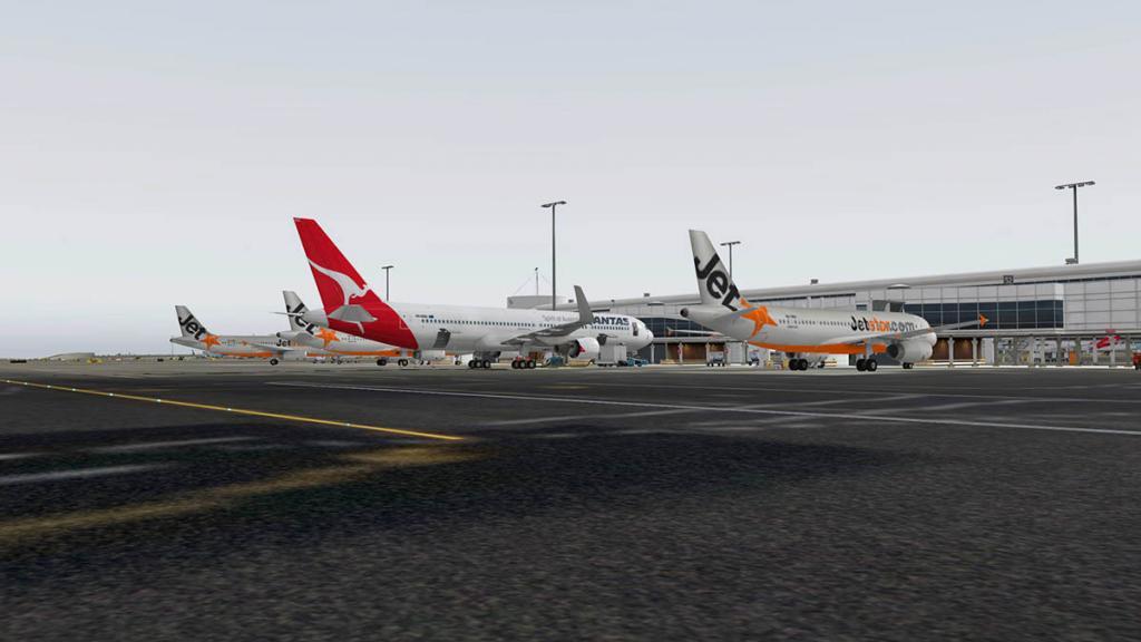 767PW-300ER_YSSY 4.jpg