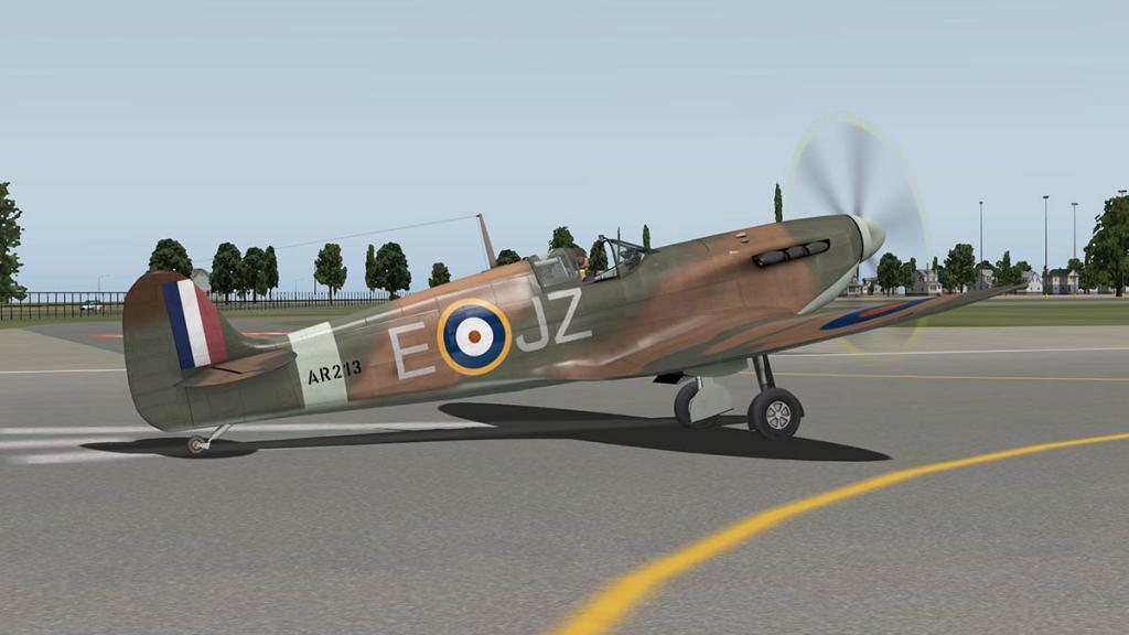 5697119c9305a_RWD_Spitfire_Flying4.thumb