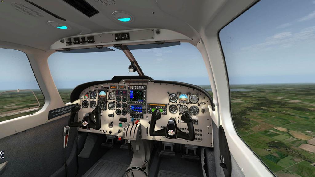 56e61ca00122b_PA32_Saratoga_Cockpit2.thu