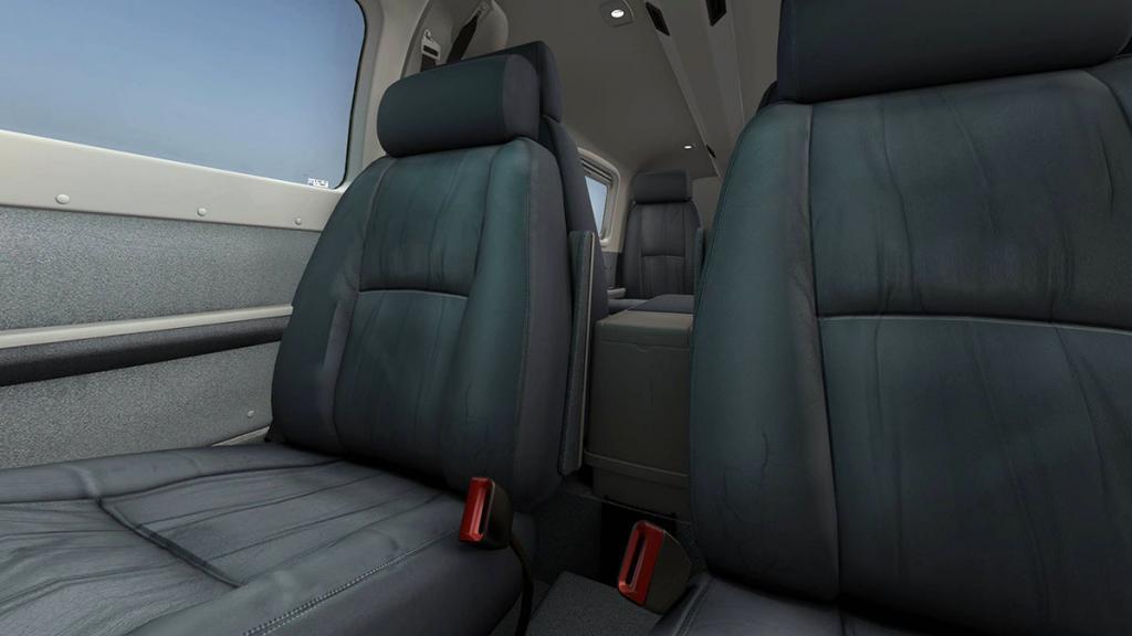 56e61cad31900_PA32_Saratoga_Cockpit5.thu