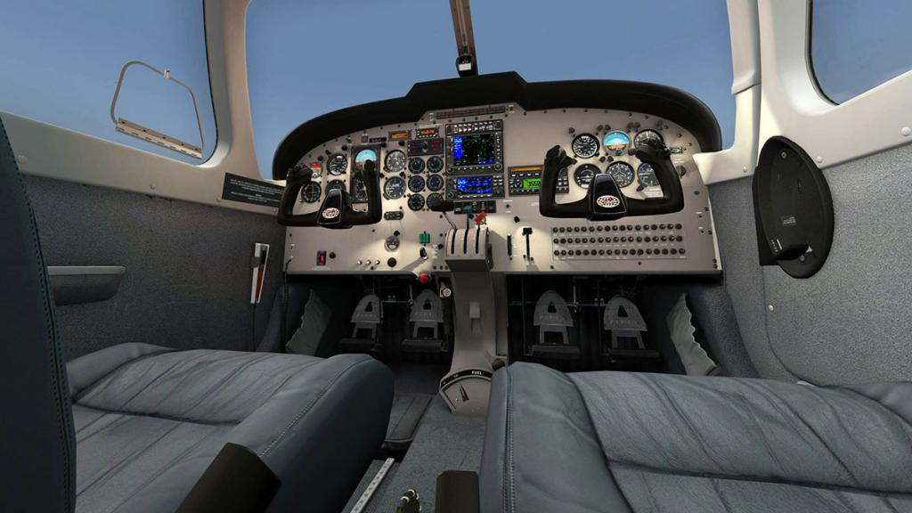 56e61cbf6c879_PA32_Saratoga_Cockpit8.thu