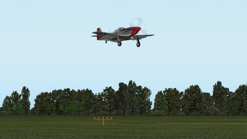 kham_P-51D_Landing 3.jpg