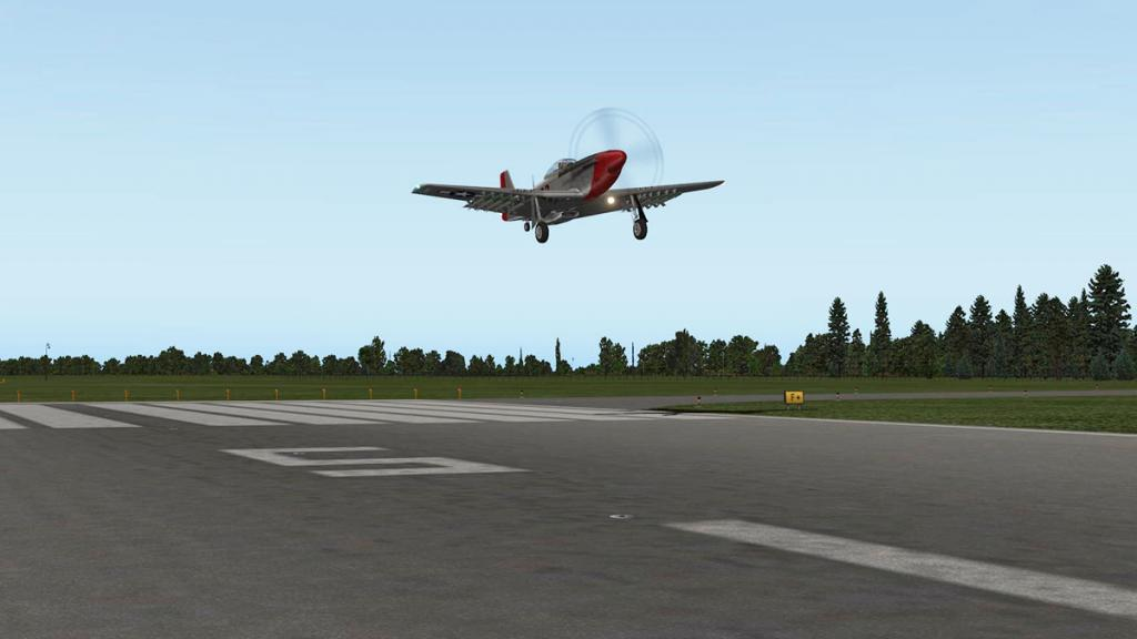 kham_P-51D_Landing 4.jpg